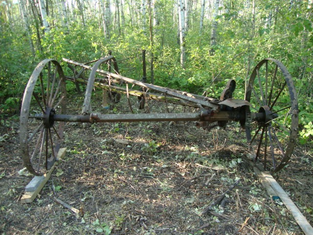 John Deere 851 Hay Rake : John deere steel wheel hay rake car interior design